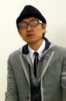 講演する鈴木勝裕氏