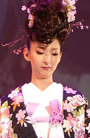 """YUMI KATSURA GRAND COLLECTION IN TOKYO"