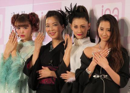 左から、藤田ニコル、真矢ミキ、ダレノガレ明美、河北麻友子の2016年ネイルクイーン