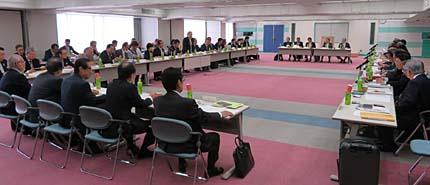 全理連の平成29年度第1回理事会(会場は、全理連ビル9階)